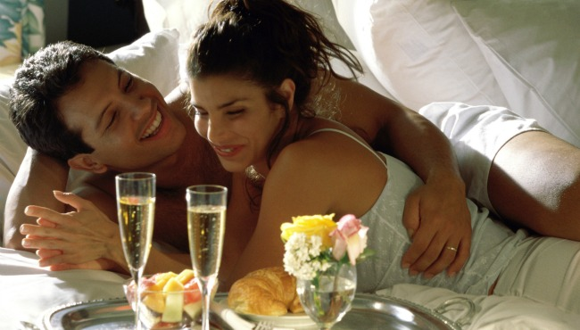 Couple in bed_34475