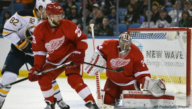Detroit Red Wings Sabres 012216_184459