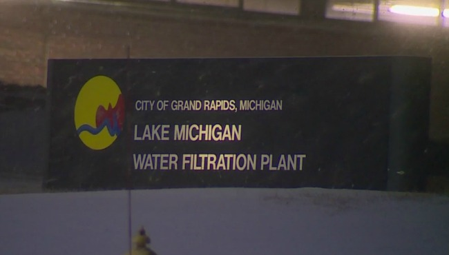 generic grand rapids lake michigan water filtration plant winter_185404