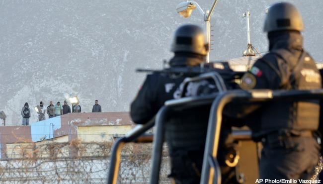 Mexico Prison Riot 021116_189786