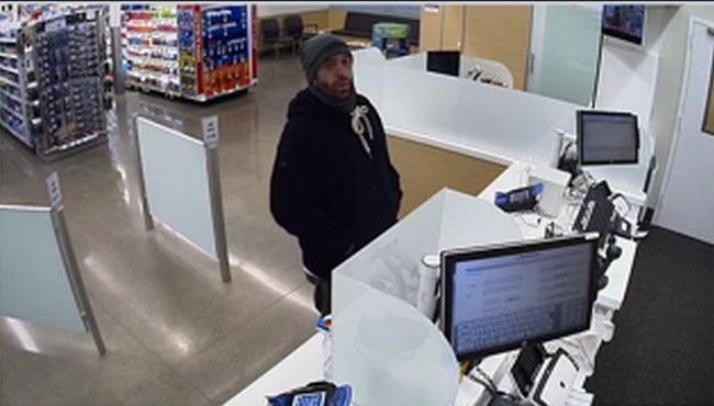 Hastings Walgreens Robbery Suspect 101515_159395