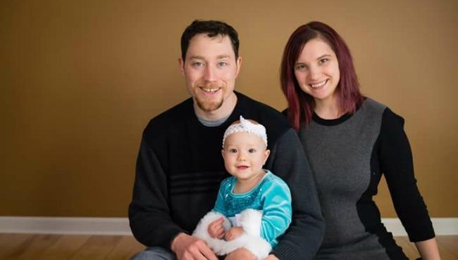 tiffany hale breastfeeding_40187