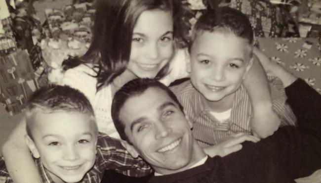 Jason Kinzler and children 051116_213544