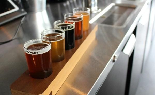 railtown brewing flight of beers_41433