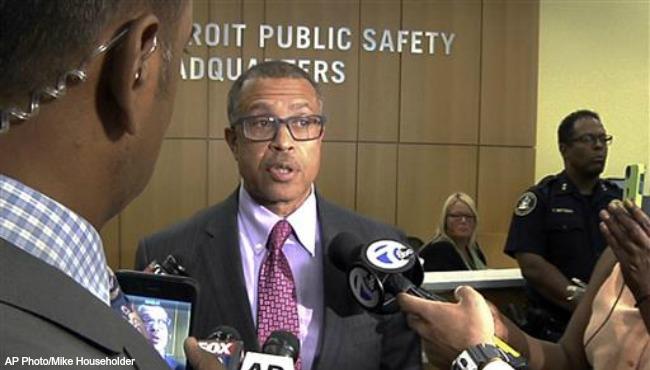 Detroit cop demoted Black Lives Matter AP 071216_228618