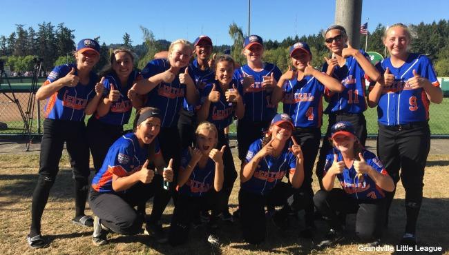 Grandville Little League softball team 081516_237581