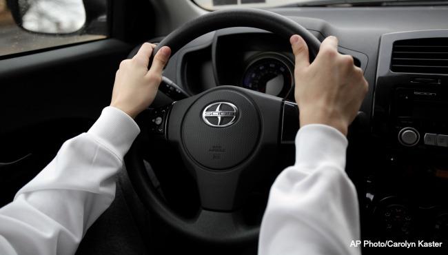 generic-driving-ap-102416_255397