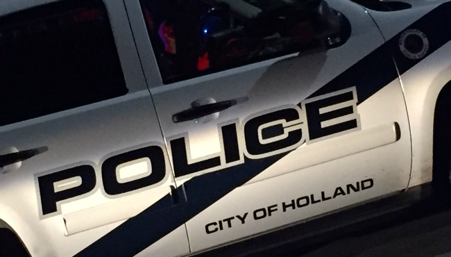 generic Holland Department of Public Safety generic Holland police night_164784