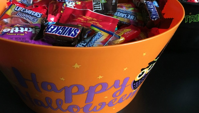 generic halloween candy_256136