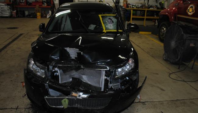 turner-avenue-crash 101716_253839