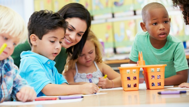 kids at daycare_39237