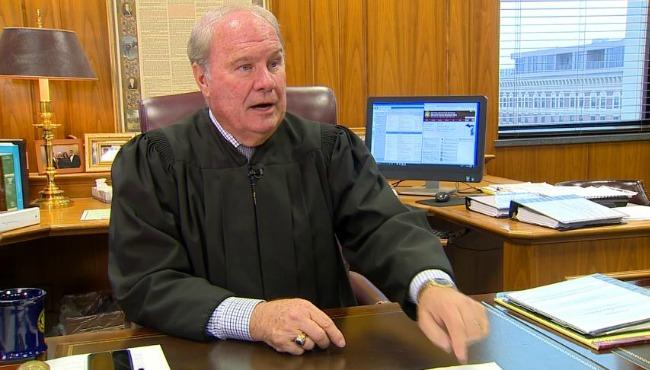 judge-bell-121616_268797