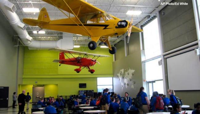 west-michigan-aviation-academy AP 011017_273793