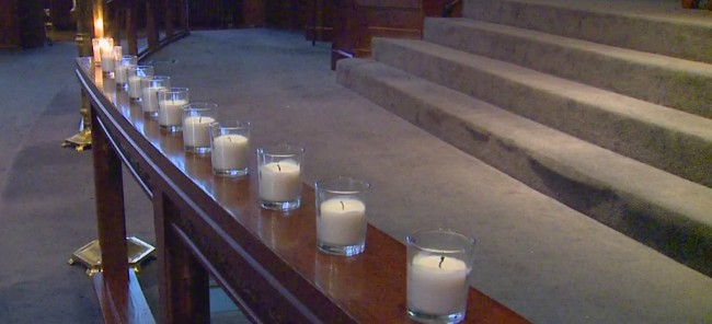 candle lighting First United Methodist grand rapids 110617_429128