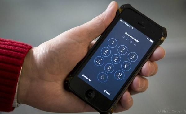 cellphone iPhone generic_439362
