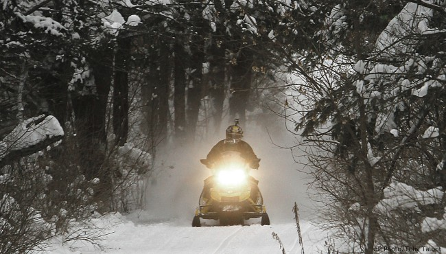 snowmobilers snowmobiling season snowmobile generic_436950