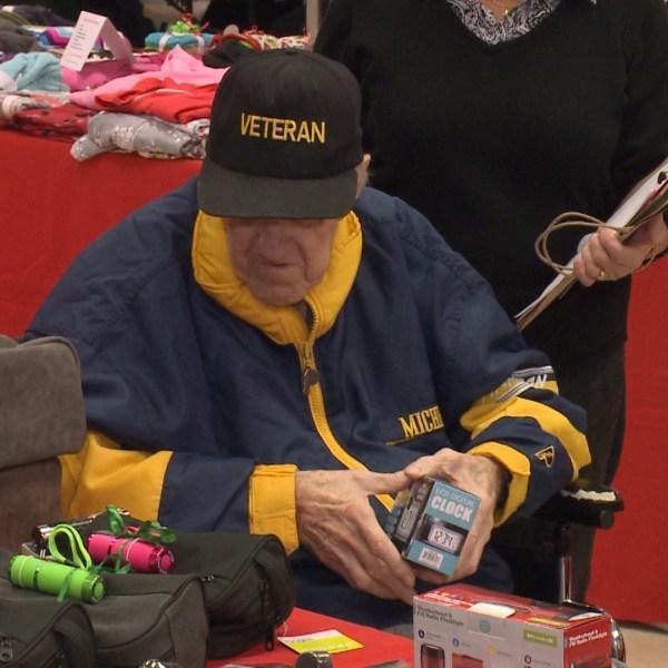 Veterans Home Christmas 1_440066