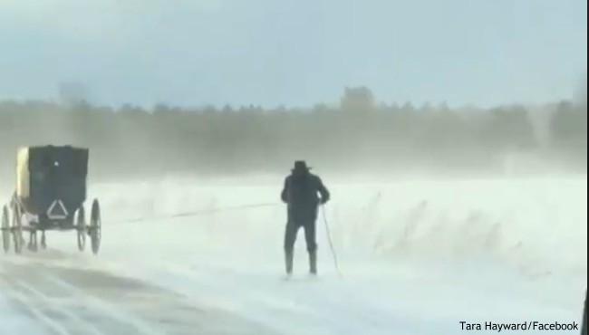 amish skiier 122717_452957