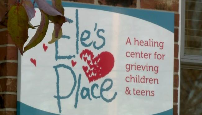 Ele's Place 120617_444161