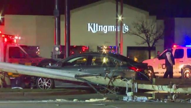 Kentwood 28th Street crash 120417_442451