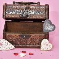 treasure-hunt-valentines-day-gift_1517261660650_337717_ver1-0_32896335_ver1-0_640_360_469332