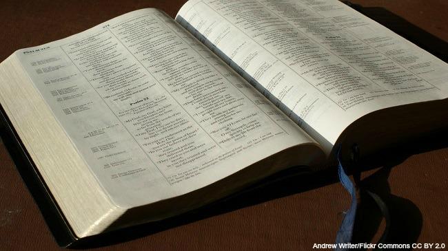 generic Bible 033016_203091