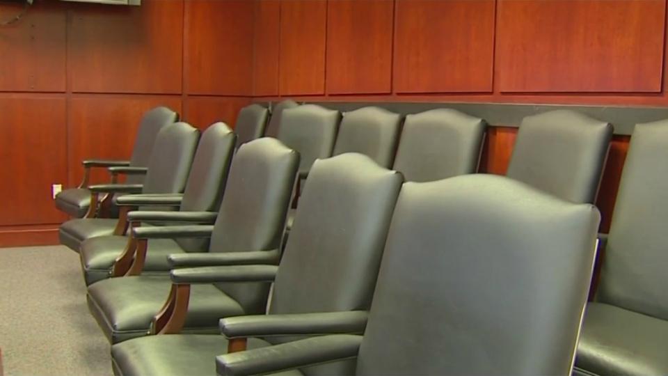 muskegon county circuit court jury box 2_1525303563796.jpg.jpg