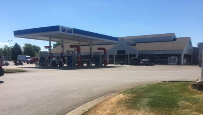 76th Street Mobil gas station 071818_1531929934082.JPG.jpg