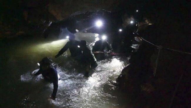 Thailand cave rescue AP 070218_1530550379524.jpg.jpg