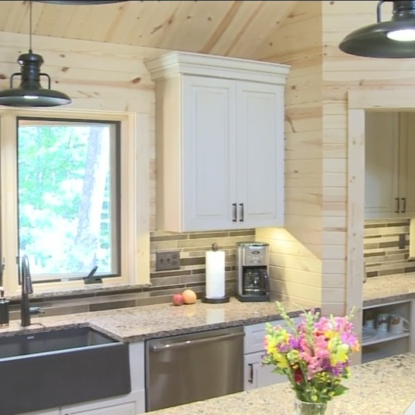 West_Michigan_couple_creates_home_of_the_0_20180730155855