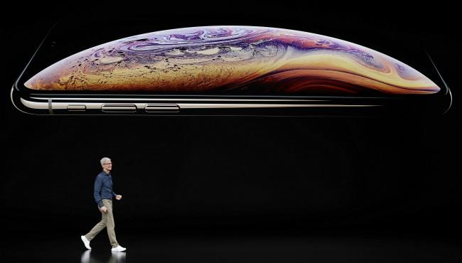 Apple iPhone XS 091218_1536779985436.jpg.jpg