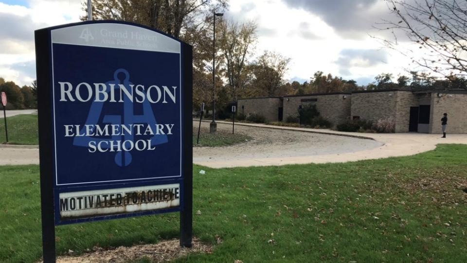robinson elementary 102918_1540845790780.jpg.jpg
