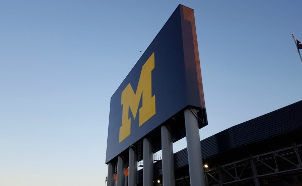 generic michigan stadium generic big house_1522031583052.jpg.jpg