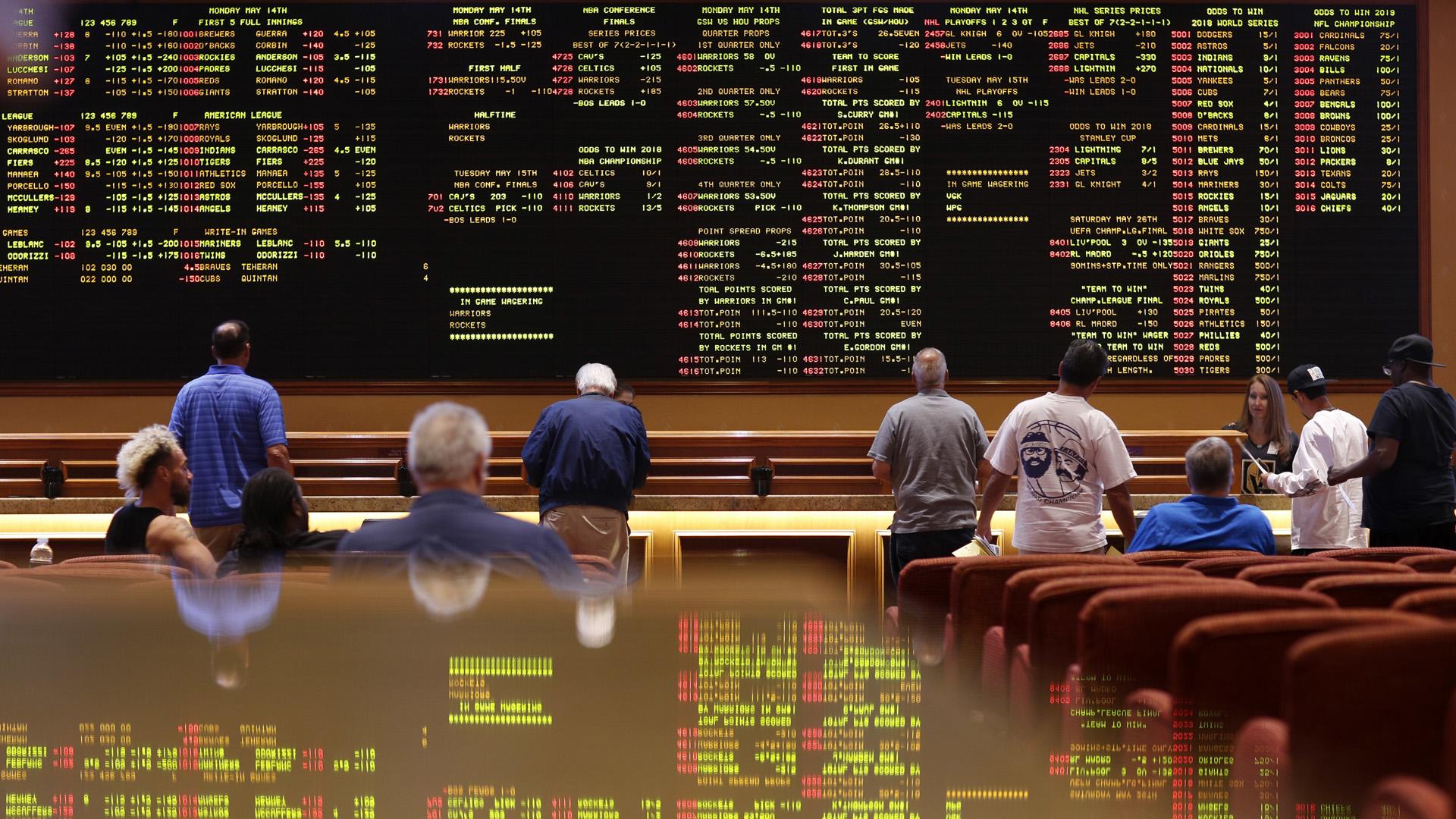 las vegas sports betting 051418 AP_1549049654677