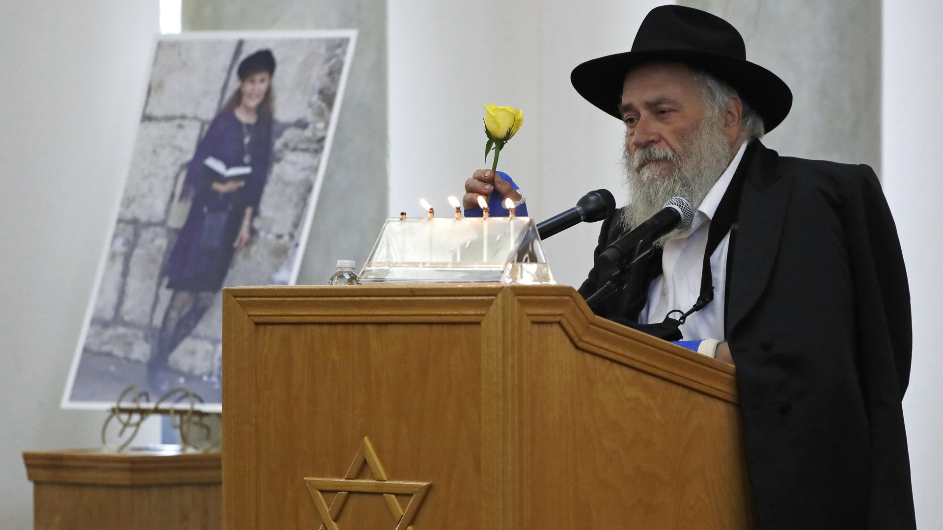 california synagogue shooting 042919 AP_1556591648470