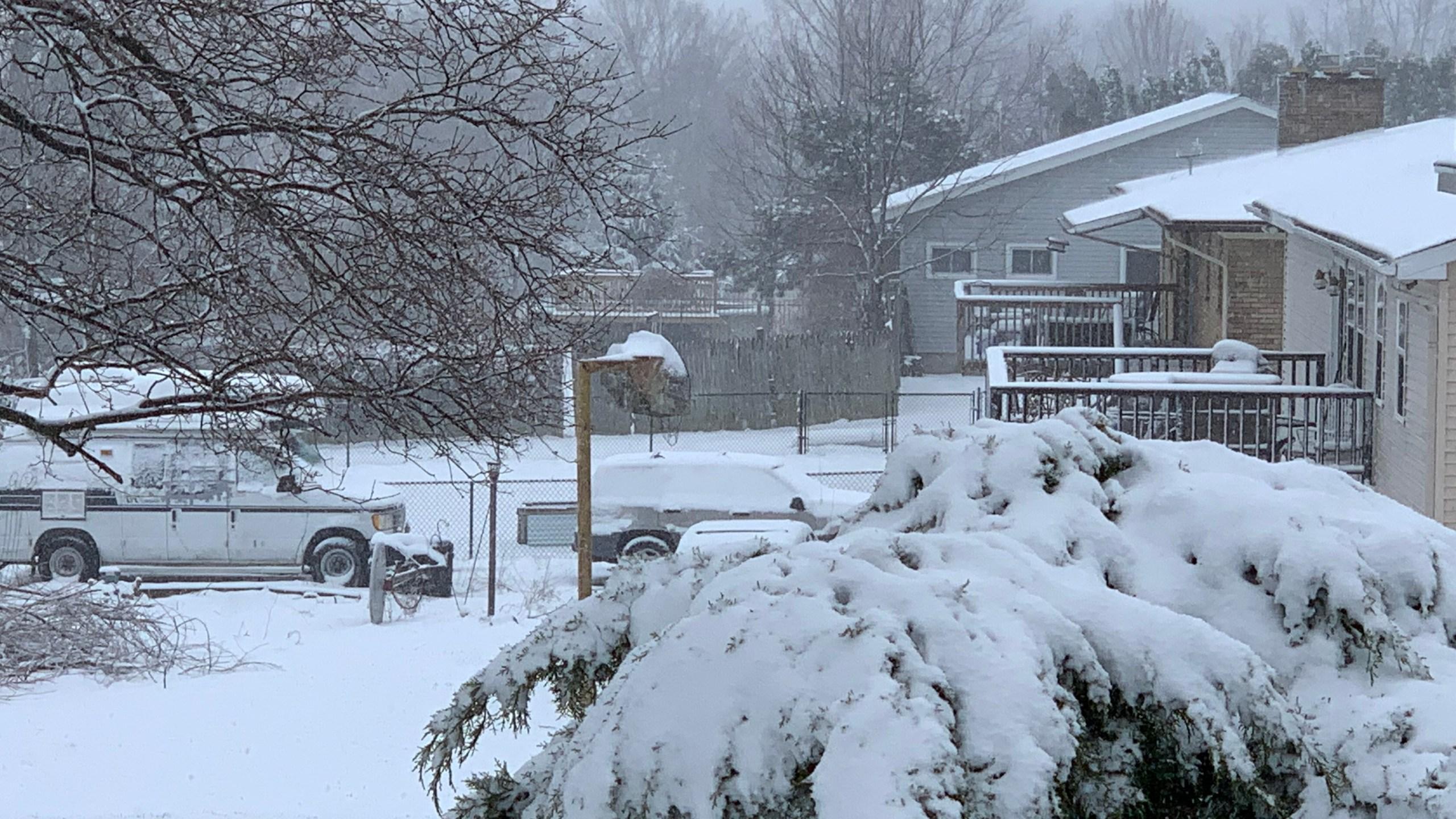 April 14 2019 snowstorm facing south 003_1555316040159.JPG.jpg