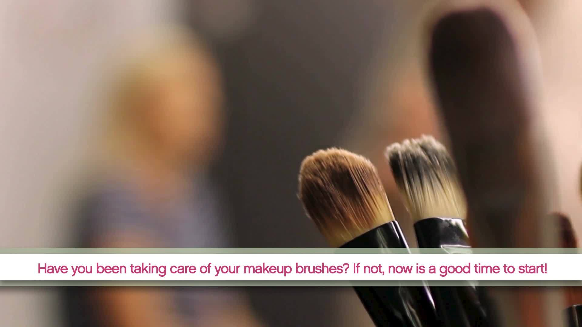 The_hard_facts__why_cleaning_your_makeup_8_20190423203146