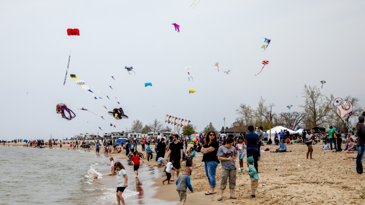 Photos Kite Festival At Grand Haven 2019 Woodtv Com
