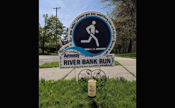 River Bank Run Tim Laninga sign 051119_1557567187093.png.jpg