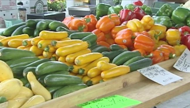 generic-fulton-street-farmers-market-produce_255008