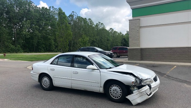 Car hits Dollar Tree in Rutland Township