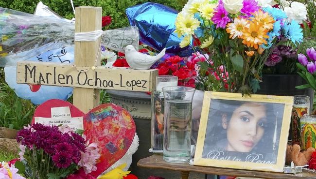 Marlen Ochoa-Lopez display chicago 05182019_1558230854714.jpg.jpg