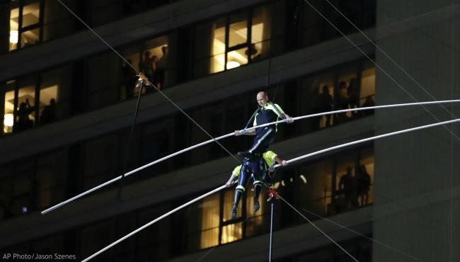 Nik-Wallenda-Times-Square-Wire-Walk-AP-062419-1