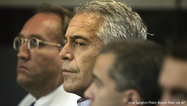 Jeffrey Epstein in court in 2008
