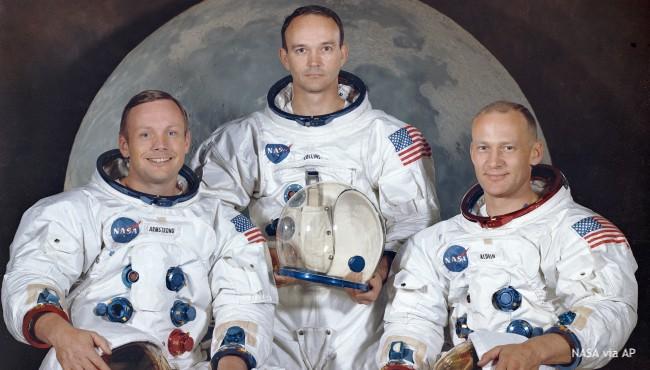 Apollo 11 crew pose for NASA photo
