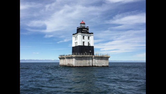 3 historic lighthouses on the Great Lakes to be auctioned