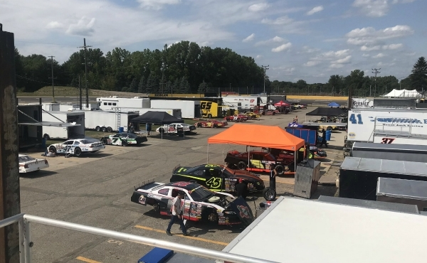 Racers prepare for Battle at Berlin 251 in Marne on Aug. 16, 2019.