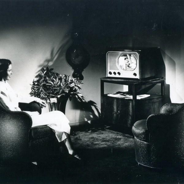 1949 WLAV launch