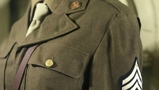 veterans uniform missing medals and patches
