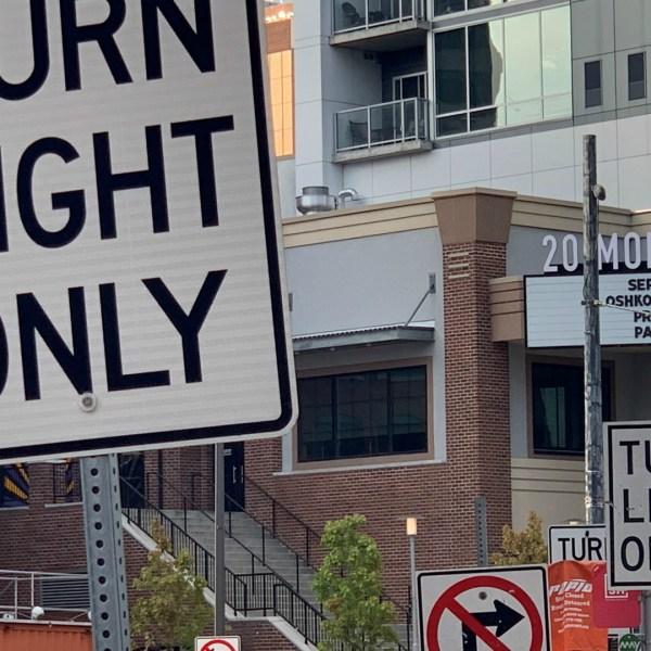 ottawa avenue fulton street confusing street signs